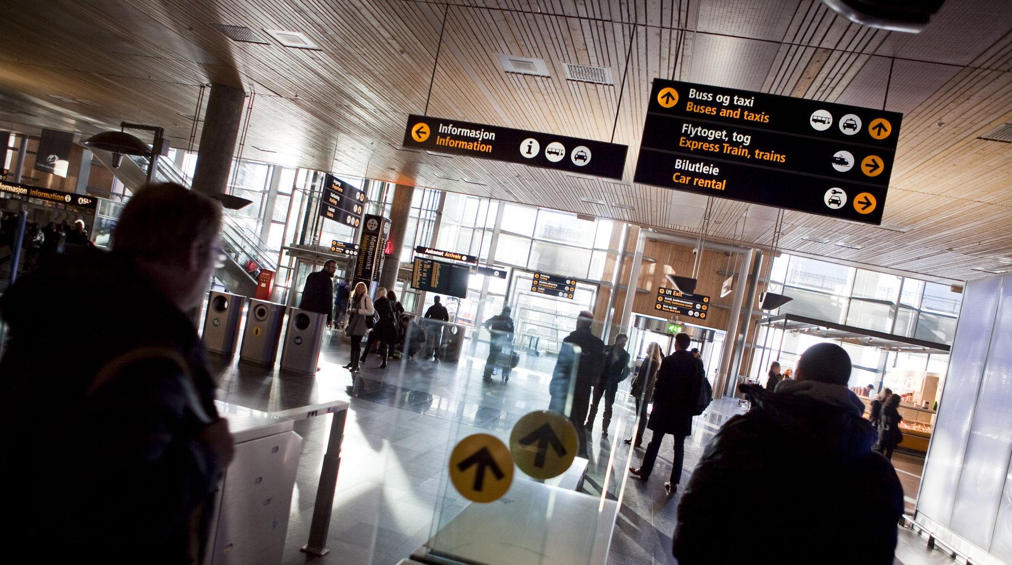 Både på Gardermoen og andre norske flyplasser får du fra torsdag gratis nett uten byråkrati.