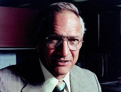 Mikrobrikkens far Robert Noyce fyller 82 år i dag.