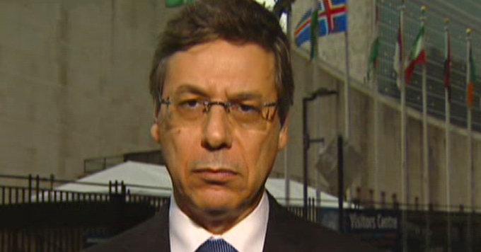 Israels viseutenriksminister Danny Aylon truer med å svare på kredittkorthacking med betydelige hardere midler.