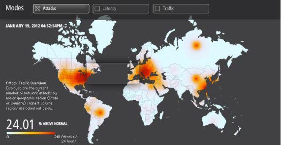 Dette skjermbildet fra Akamai er fra natt til fredag norsk tid. Den globale nett-trafikken ligger som man ser 24,01 prosent over normalen.