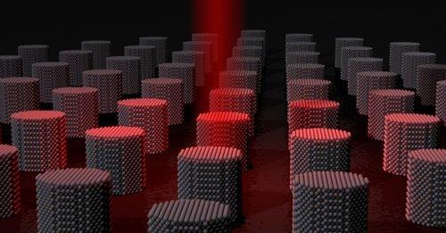 Slik illustrerer forskerne den nye varmeteknologien som gir flere hundre ganger kjappere harddisk.