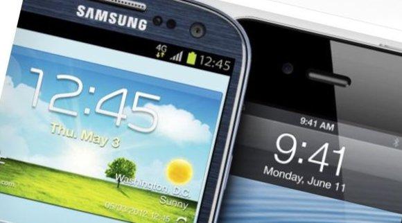 Det er utvilsomt stor forskjell mellom iPhone og Galaxy S med én gang du skrur dem på.