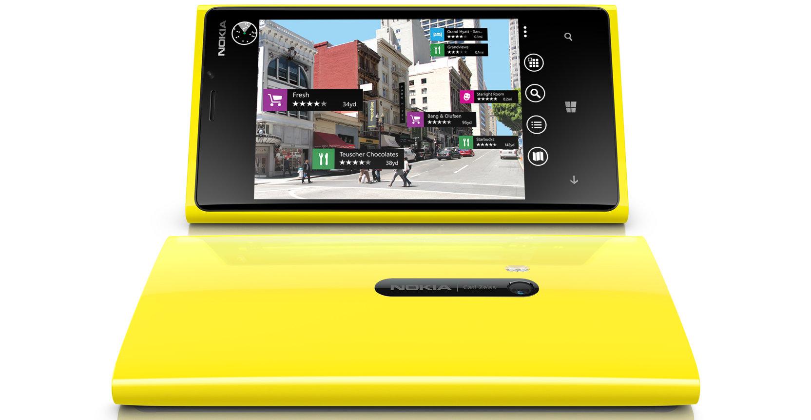 Nokia følte at minnekortplass ville forstyrre designet.
