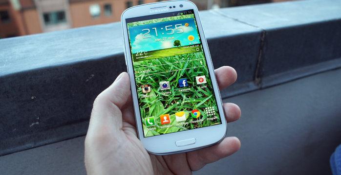 Android er den suverene vinneren på begge sider av Atlanteren. I Europa alene har mobil-OSet nå en andel på over 67 prosent.