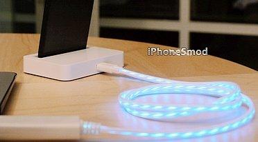 Piratkabelen er gild, selvlysende og blå. Apple synes ikke det er morsomt...