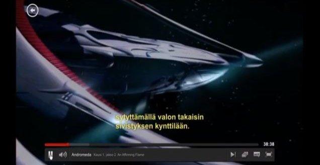 I YouTube-videoen går det tydelig fram at Netflix har «stjålet» undertekstene fra finske pirater.